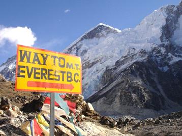 Everest Luxurious Lodge Trek